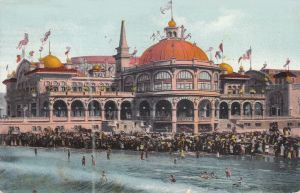 1910s postcard showing new casino, bath house, bathers and crowds in SANTA CRUZ, California.